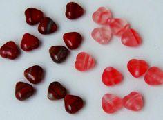 Hurricane glass heart beads 6mm 50pc, €1,37