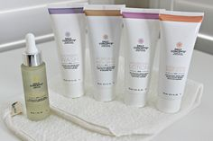 The Funky Monkey LOVES Daily Concepts! WIN a Spa To Go kit from Daily Concepts - 3 WINNERS! A $66 value. Included in this kit is their cleansing wash, hydrating lotion, purging mask, exfoliating scrub, renewal oil and your stretch wash cloth. All of their products are cruelty free with no nasty parabens. For more ways to win, follow us and repin.