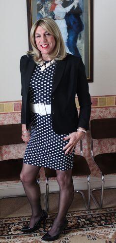 https://flic.kr/p/KrsKFr | jacket and polka dot dress