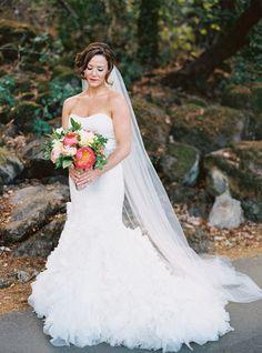 Tendance Robe du mariage Hayley Paige gown: www. Wedding Dressses, Wedding Dresses Plus Size, Plus Size Wedding, Bridal Dresses, Little Black Books, Gorgeous Wedding Dress, Napa Valley, Bridal Portraits, Marie