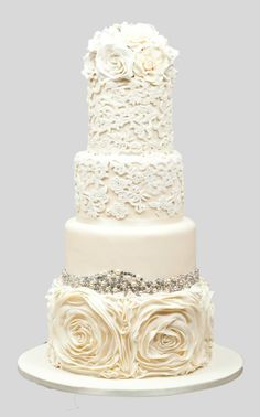 Chic Daily Wedding Cake Ideas (New!). To see more: http://www.modwedding.com/2014/07/09/chic-wedding-cake-ideas/ #wedding #weddings #wedding_cake Featured Wedding Cake: Cookie Couture;
