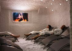 Salt Rooms & Halotherapy Provide Fresh Air For Lungs & Can Treat Respiratory Disorders