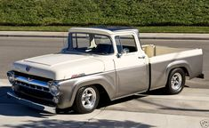 1957 f100 are few and far between!    :cool: