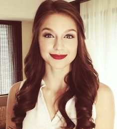 29 Most Adorable Images of the Sexy Supergirl Actress, Melissa Benoist Melissa Marie Benoist, Melissa Benoist Tumblr, Danny Collins, Melissa Supergirl, Supergirl Series, Melissa Benoit, Comedia Musical, Kara Danvers Supergirl, Annette Bening
