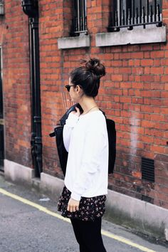 www.collagevintage.com #fashion #style #collagevintage #fashionblogger #outfit #look #topknot #hair
