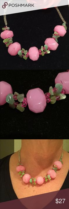 Gorgeous glass statement necklace! Stunning glass beaded necklace. Jewelry Necklaces