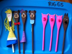 Spoon Puppets! Painted Spoons, Prek Literacy, Traditional Tales, Three Little Pigs, Programming For Kids, Early Education, Puppets, Language Arts, School Stuff