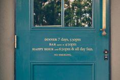 Signage for Austin restaurant Jeffrey's designed by FÖDA