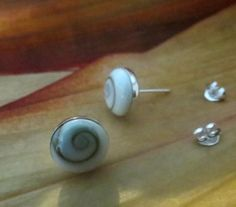 MSS:ES36 Shiva Shell Round 10 MM Sterling Silver STUD Earrings Jewelry