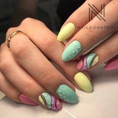 Pastel polish with dots in a wave nail art design. Cute Nails, Pretty Nails, Nails Yellow, Nailart, Gel Nails French, Geometric Nail, Stylish Nails, Cool Nail Designs, Perfect Nails