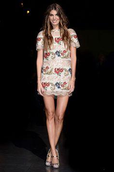 Bianca Brandolini D'Adda en Dolce & Gabbana http://www.vogue.fr/mode/look-du-jour/articles/bianca-brandolini-d-adda-en-dolce-gabbana/15946