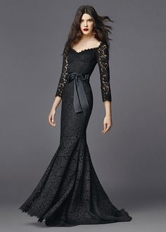 dolce and gabbana summer 2015 woman collection 61 . This is Killer, perfection Beautiful Gowns, Beautiful Outfits, Gorgeous Dress, Elegant Dresses, Pretty Dresses, Black Lace Gown, Mode Outfits, Mode Inspiration, Dream Dress