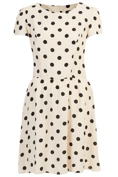 Kate Middleton's Black and White Polka Dot Dress is another Top Shop steal #katemiddleton #topshop