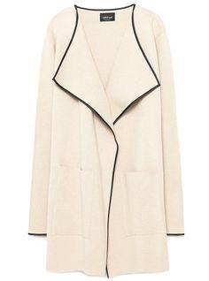 Automne = shopping chez Zara! Robe fleurie, jupe plissée, chaussures colorées et…
