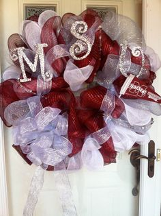 cute wreaths for most college teams.