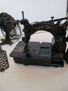 antique Union Special 19000 K Sewing Machine with foot pedal & pulleys.  Vintage #UnionSpecial