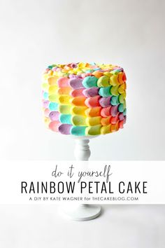 A rainbow cake is fun to look at and eat and a lot easier to make than you might think. Here's a step-by-step guide for how to make a rainbow birthday cake. Pretty Cakes, Cute Cakes, Beautiful Cakes, Rainbow Petal Cake, Rainbow Cake Tutorial, Rainbow Cake Pops, Rainbow Cakes, Cupcakes Lindos, Rainbow Food