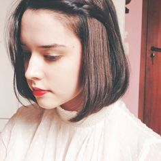 """This is Letícia Piroutek. She's a 23-year-old blogger from Brazil and she just posted an amazing fan theory about Star Wars: The Force Awakens on her Tumblr. 