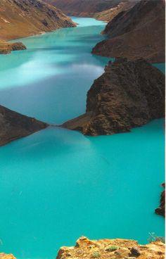Turquoise river, Rikeze in Tibet