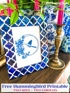 Free Blue and White Chinoiserie Hummingbird Printable in Two Sizes and Two Formats Crafts To Do, Paper Crafts, Mopping Floors, Printable Wall Art, Printable Quotes, Creative Play, Free Things, Projects To Try, Blue And White