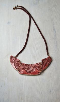 Ceramic necklace ancient doily texute made in di Arualceramics
