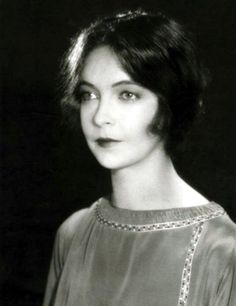 Lillian Gish without all her trademark curls