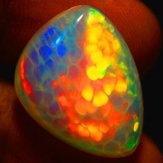 19-ct-GIA-CERTIFIED-GEM-HONEYCOMB-GREEN-RED-FLASHING-MULTI-COLOR-OPAL-PP039