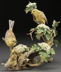 porcelain birds and flowers - Porcelain Jewelry, Porcelain Ceramics, China Porcelain, Porcelain Tiles, Decorative Bird Houses, Ceramic Birds, Clay Design, China Painting, Vintage Birds