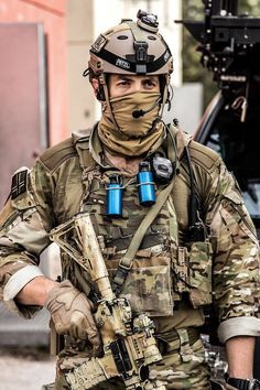 I don't know...this looks staged...his stuff looks too clean and new...also note his face mask is under his chin straps as opposed to over them...not a secure fit...