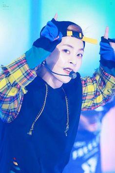 #handsome #cute #xiumin #minseok #exo