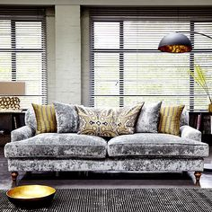 Add a luxe look to your living room with a crushed velvet sofa. We love the Bolyyn Grand, wit its elegant design. Crushed Velvet Living Room, Crushed Velvet Sofa, Silver Velvet Sofa, Gold Sofa, Living Room Grey, Living Room Chairs, Living Room Decor, Sofa Design, Elegant Sofa