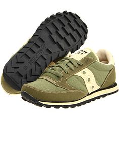 Saucony Originals at 6pm. Free shipping, get your brand fix!