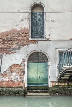 The cool blue shades of Venice, Italia