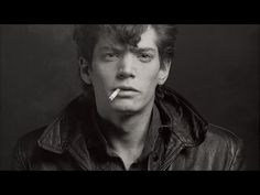 MAPPLETHORPE: LOOK AT THE PICTURES, Documentary Portrait of Photographer Robert Mapplethorpe - YouTube