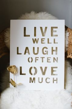 live. laugh. love. (The Glitter Guide)