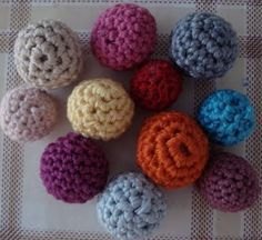 How To Crochet Beads  •  Free tutorial with pictures on how to make a beads in under 30 minutes