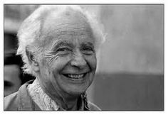 Pour le trentième anniversaire du décès de Louis Aragon... Louis Aragon, né en 1897, adhère au Parti Communiste Français en 1927, il lui restera fidèle jusqu'à sa mort le 24 décembre 1982. Les poèmes de l'animateur du dadaïsme et du surréalisme ont aussi été chantés par Jean Ferrat, Georges Brassens… ou encore Léo Ferré qui disait « le vers d'Aragon est, en dehors de tout évocation, branché sur la musique ».