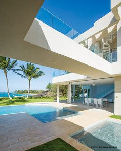 Makena Modern Architecture, Bauhaus Inspired Home Design
