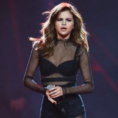 SYDNEY, AUSTRALIA - AUGUST 09:  Selena Gomez performs on stage at Qudos Bank Arena on August 9, 2016 in Sydney, Australia.  (Photo by Don Arnold/WireImage)
