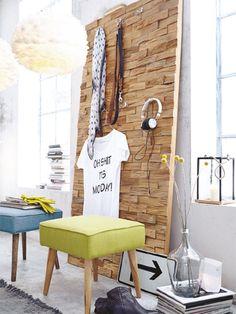 Warm, rustikal, behaglich und ruhig - wir mögen unsere vier Wände wunderbar gemütlich. Beim Einrichten mit natürlichen Materialien setzen wir auf jede Menge Holz, warme Farben und kuschelige Accessoires.