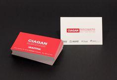 Así... de rojo pasión lucen estas nuevas tarjetas de Ciagan :) ¡Nosotros contentos con este último trabajo y nuestro cliente encantado!
