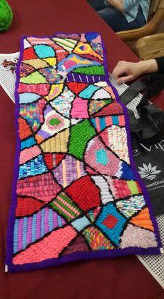 Dicto talleres de ARTE TEXTIL con diferentes técnicas de bordado sobre cañamazo. www.marianamai.com.ar   Twitter: @mmaiartetextil    mail: marianamai1998@gmail.com .+ Inf: exterior 005491151411207. 011-155-141-1207. Todas mis obras estan en venta en cuotas c/T. de Credito . Para Museos, Galerias de Arte o p/ contratarme para que dicte talleres de ARTE TEXTIL, comuniquese x mail o por telefono. Tambour Embroidery, Embroidery Applique, Weaving Art, Hand Weaving, Bargello Patterns, Latch Hook Rugs, Rainbow Loom, Rug Hooking, Needlepoint