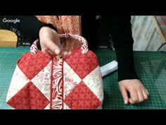 "パッチワーク Patchwork Quilt Vol.12""Easy Demi-Lune Half-moon Purse ""「スピーディにハーフムーンのポーチ」Felisa Quilts - YouTube"