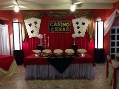 Las Vegas Party, Vegas Theme, Casino Night Party, Casino Theme Parties, Party Themes, Party Poppers, Poker Party, Bee Party, Graduation Celebration