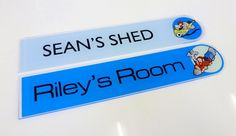 boys bedroom door signs... these are fab blues http://www.de-signage.com/InteriorGlassAcrylicHouseProducts.php