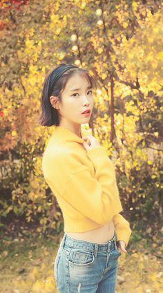 IU in yellow 😀😄 Korean Model, Korean Singer, Korean Celebrities, Celebs, Korean Girl, Asian Girl, Just Girl Things, Korean Actresses, Cute Poses