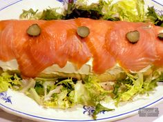 Hot Dogs, Salmon, Cooking, Ethnic Recipes, Food, Christmas Eve Dinner, Christmas Recipes, Appetizers, New Years Eve
