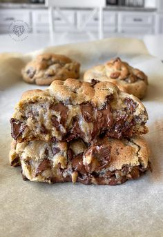 Best chocolate chip cookies ever recipe easy Cookie Desserts, Cookie Recipes, Dessert Recipes, Breakfast Recipes, Cookie Cheesecake, Cookie Cups, Appetizer Recipes, Soft Chocolate Chip Cookies, Cookies Soft