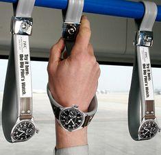 Publicidad creativa en un autobus. La publicidad corresponde a la marca de relojes de lujo IWC.