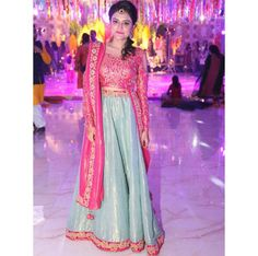 #sehrish #wedding  #choli #lehnga #mehndiwear